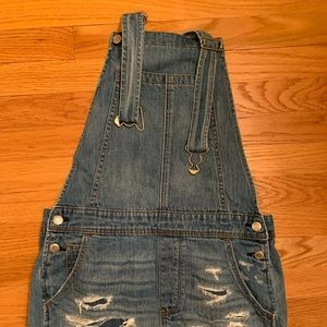 COPY - American Eagle Jean short overalls
